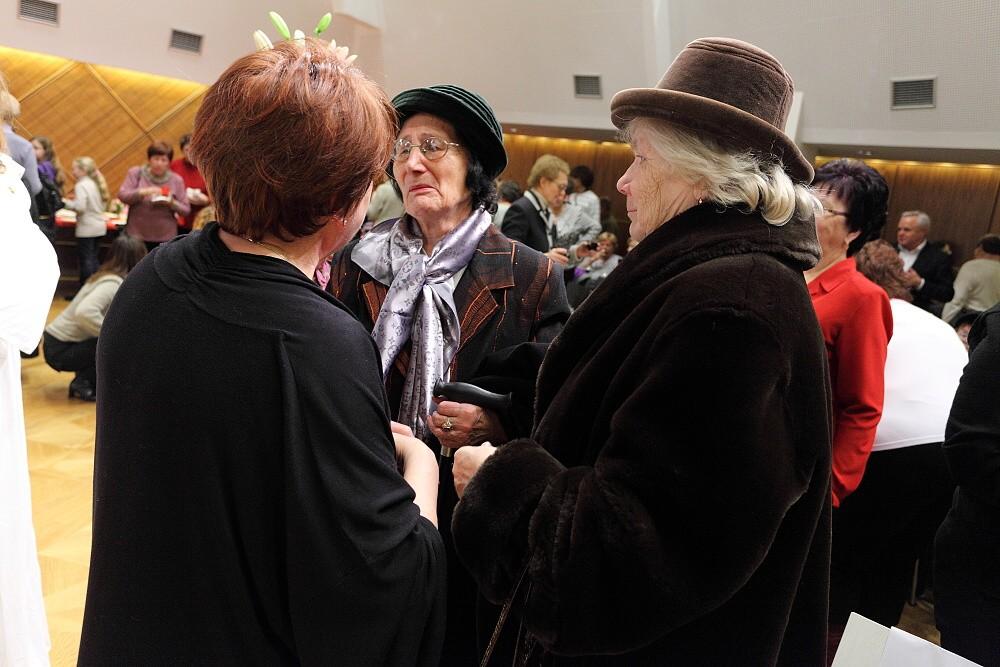 - Krst CD Na krídlach anjelov, Radnica mesta Banská Bystrica, 7.12.2011