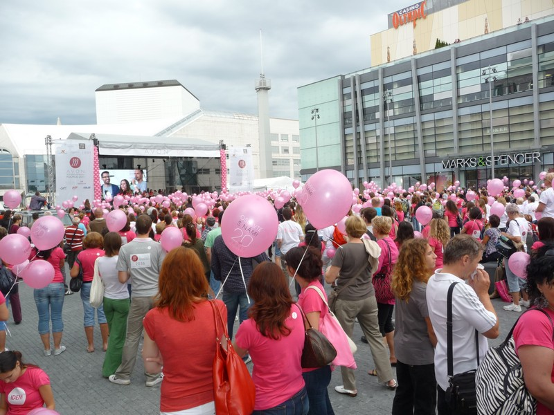 - Avon pochod 2011